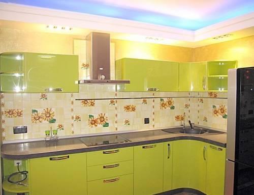 Как правильно подобрать цвет обоев для кухни 10